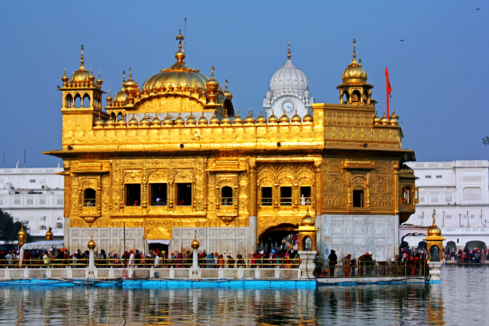 the golden temple | legends and palaces